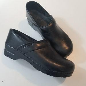 Dankso Professional Black Clogs Size 42